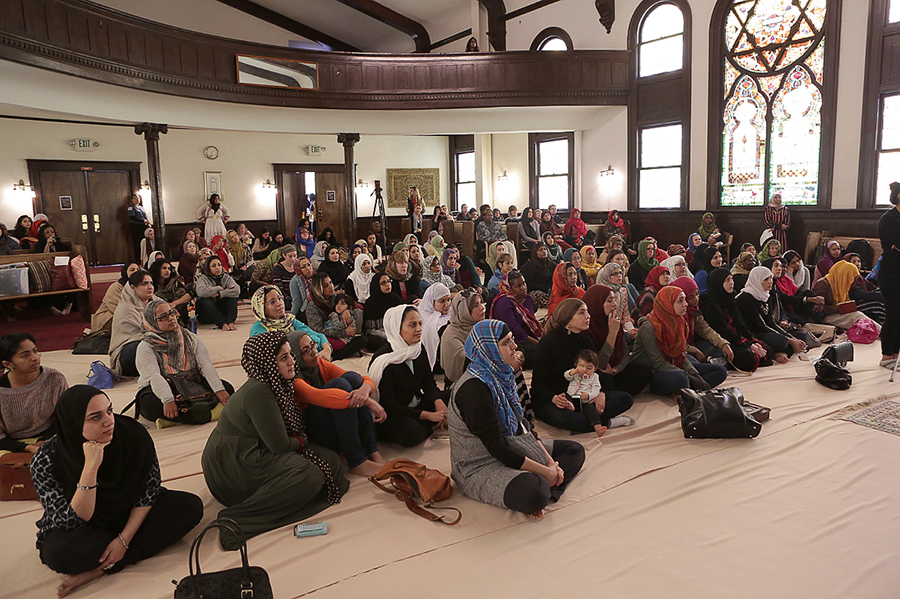 Women's Mosque of America hosts first Friday Prayer in Los Angeles