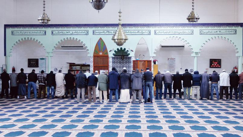 Salafist mosque contests its closure before France's State Council