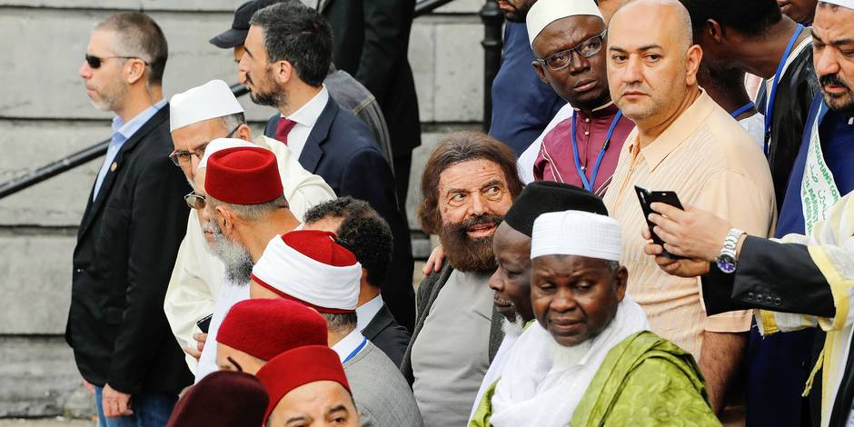 Why were there only 40 imams at the march against terrorism in Brussels?
