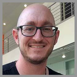 Headshot of Adrian Favero